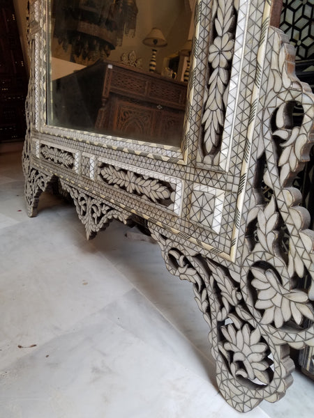 Syrian extra large mother of pearl inlay mirror