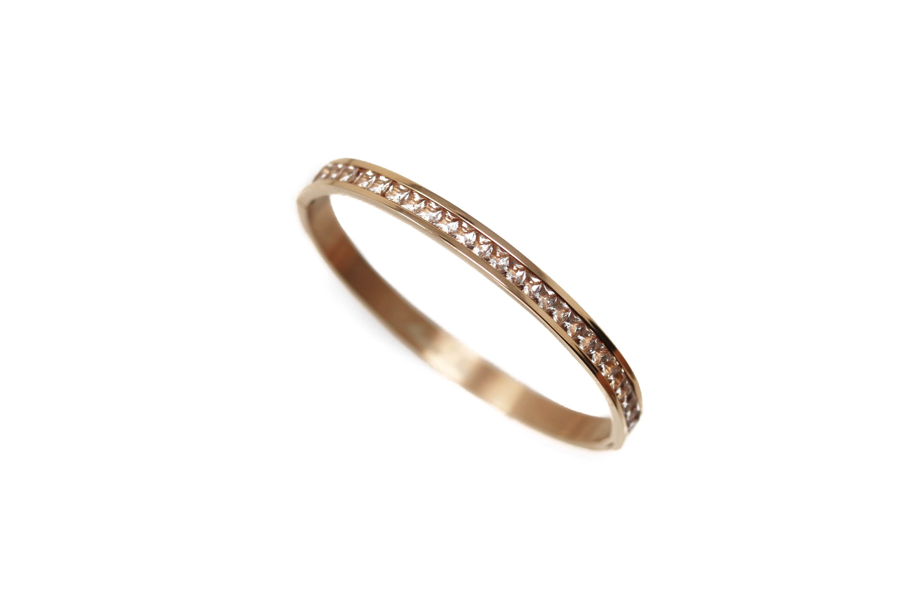Signature Crystal Rose Rose Gold Bangle
