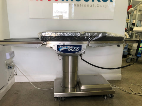 Skytron 6600 Surgical Bed
