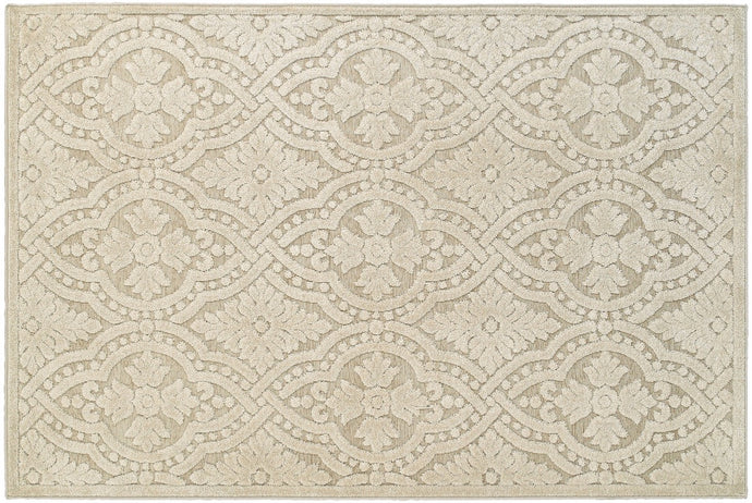 CREAM CHENILL AREA RUG  3' 10