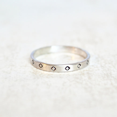 Rhombus Flat Ring Band