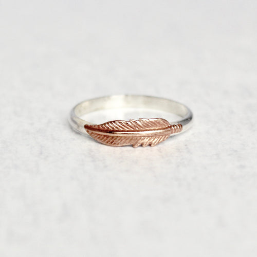 Feather Ring - Contrast Metal