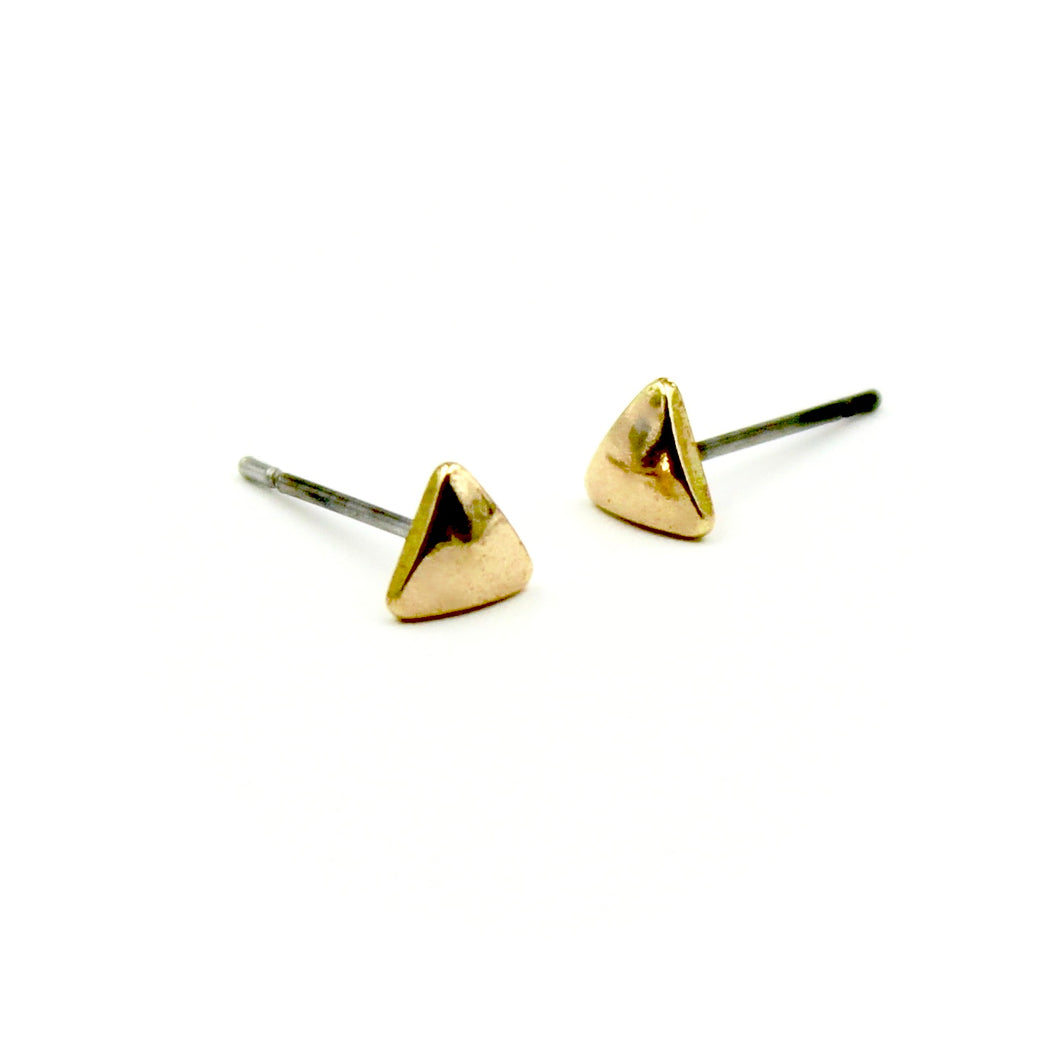 Puffy Triangle Earrings - Brass