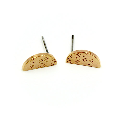 Arrows Semi Circle Earrings - Brass