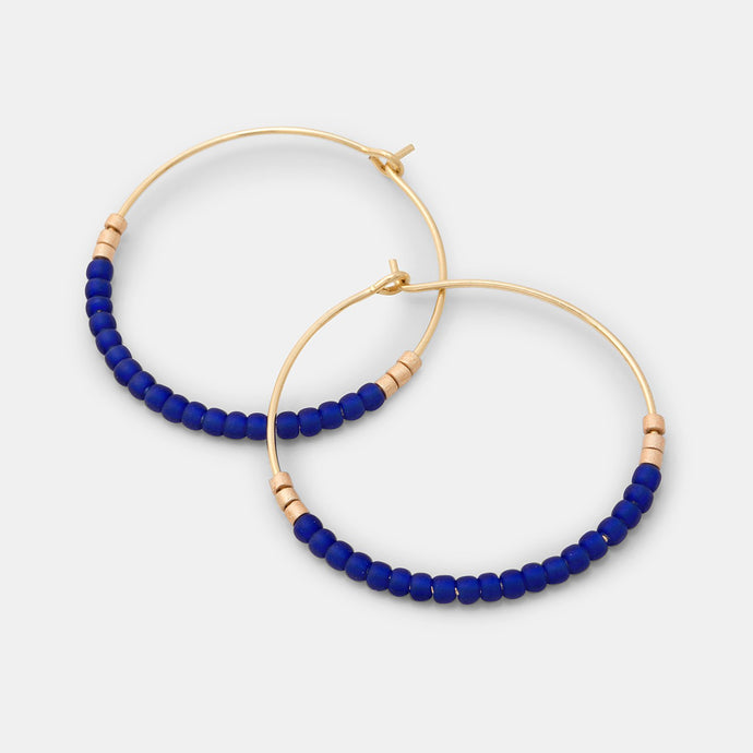 Beaded hoop earrings: blue & gold