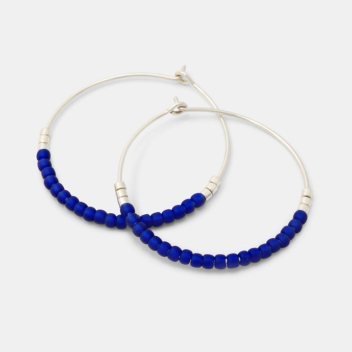 Beaded hoop earrings: blue & silver