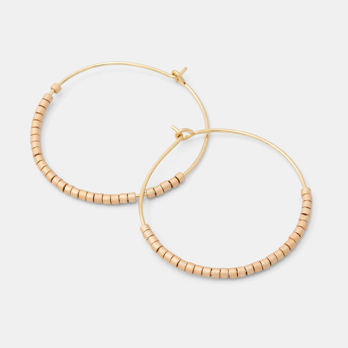 Beaded hoop earrings: gold
