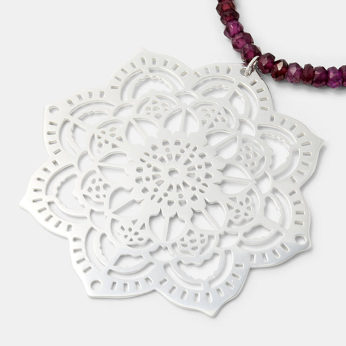 Mehndi mandala & rose garnet necklace