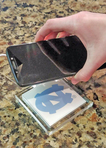 North Carolina Tar Heels Wireless Charging Pad - Blazin' Buddy