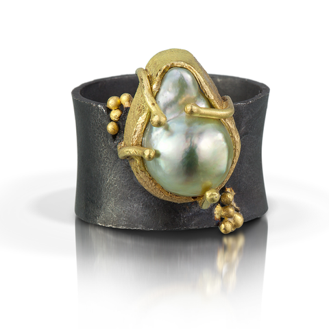 Pebble Overflow Pearl Statement Ring