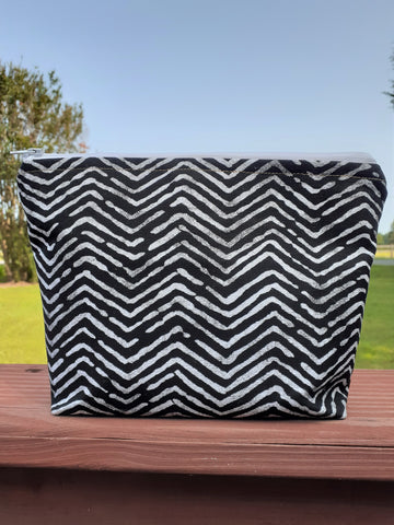 KuseKuse Makeup Bag