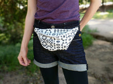 Load image into Gallery viewer, Tribal Santiago Fanny Pack
