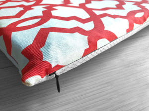 Red and White Trellis Pattern, Cover for Hemmahos Bench Pad