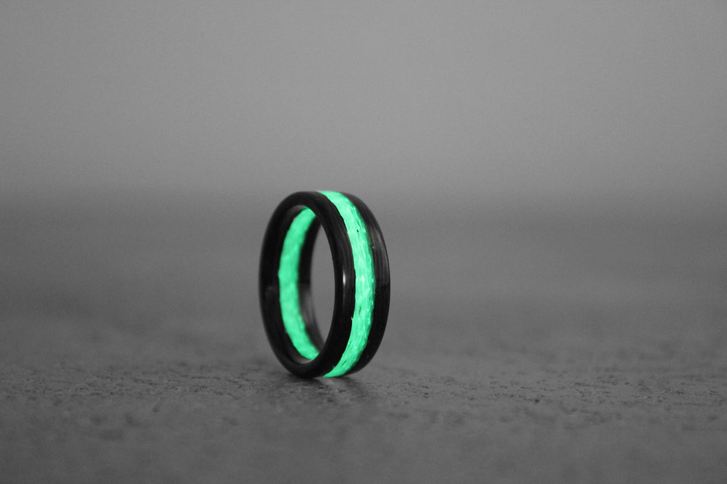 Emerald Apollo Carbon Fiber Ring