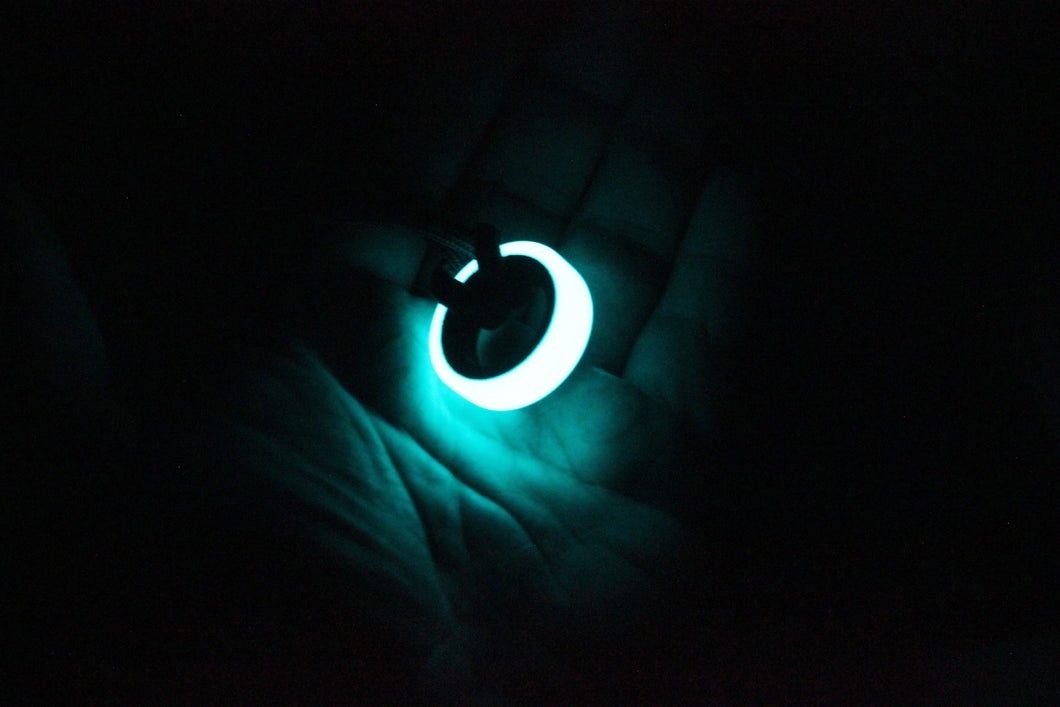 ANTI CORE Carbon Fiber Lume Pendant
