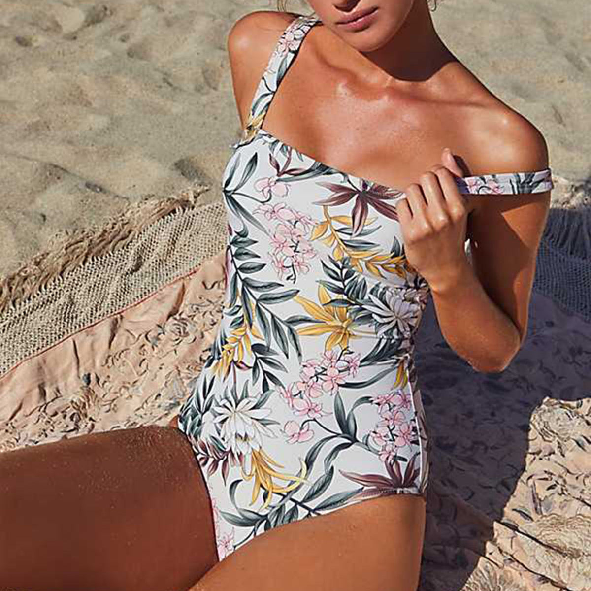 Retro Style Floral Print One Piece Swimsuit - worthtryit.com