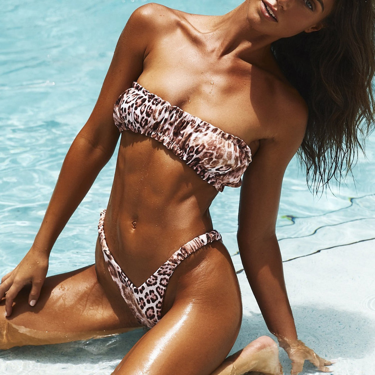 Scrunch Ruffle Bandeaux High Leg Bikini Swimsuit - worthtryit.com