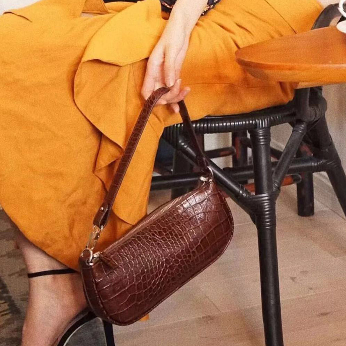 Vintage Leather Rachel Bag - worthtryit.com