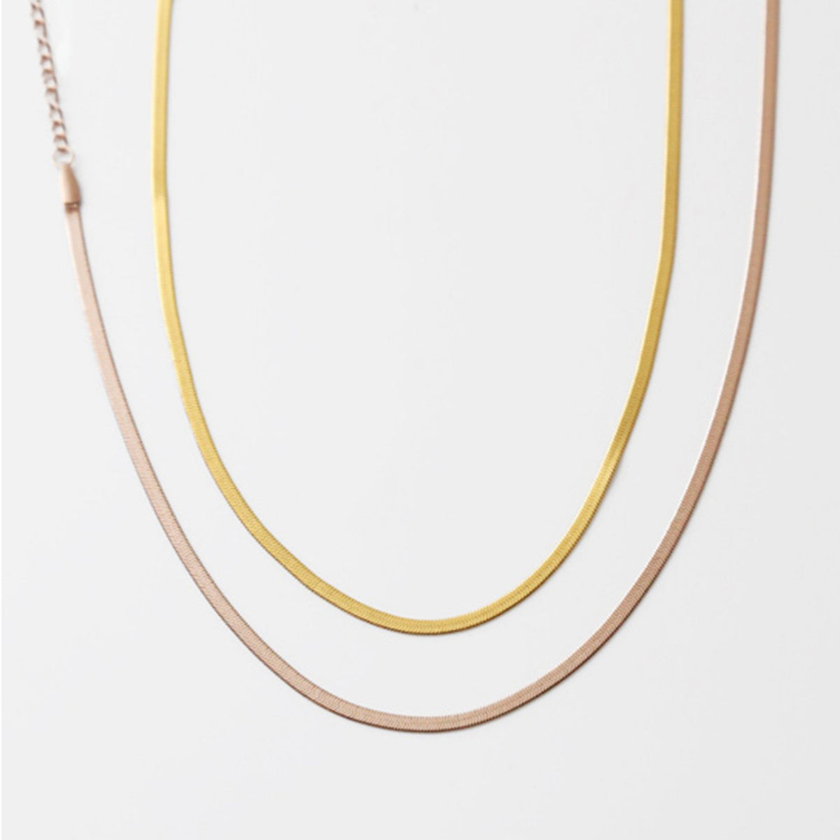 Vintage 14K Gold Snake Bone Necklace - worthtryit.com