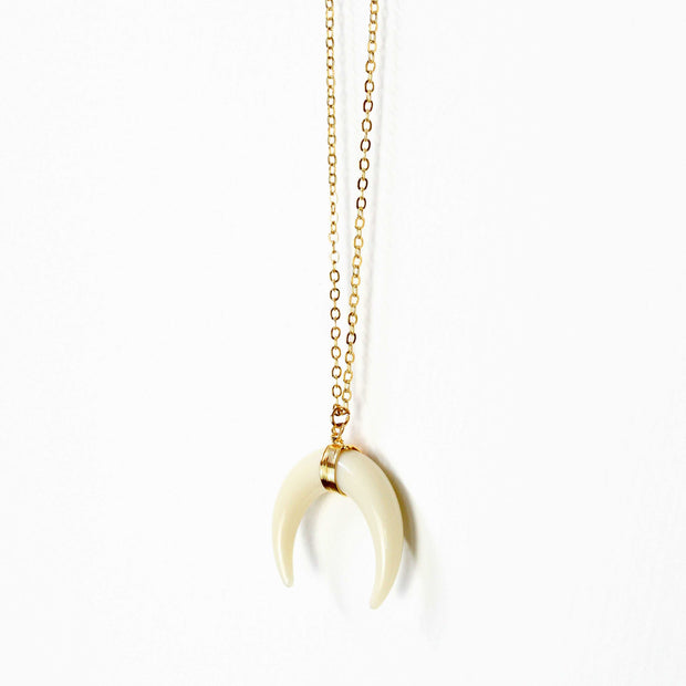 Handmade Double Horn Moon Pendant Necklace - worthtryit.com