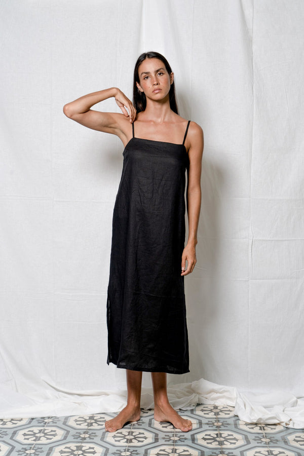 Arthur Apparel - Floating Midi Dress - Ebony on model