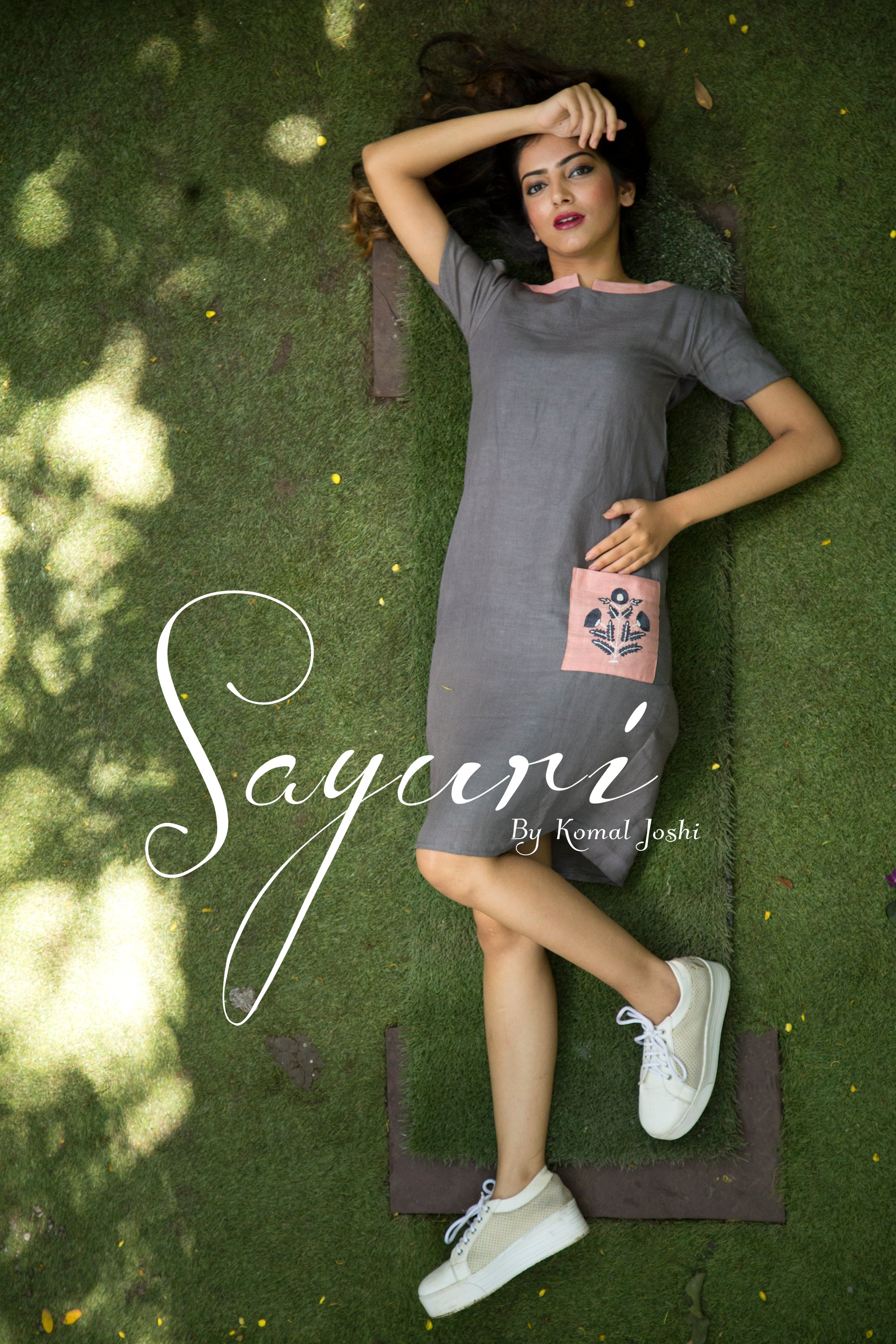 Linen short dress by Sayuri.