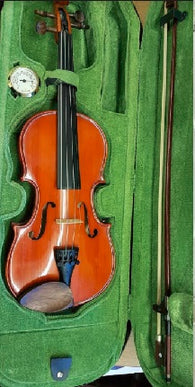 SOLD: Second hand Stentor Student 1/2 size violin (one only)