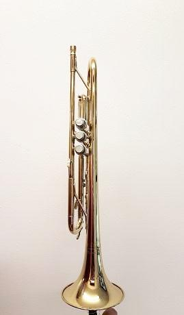Second hand: Holton Collegiate Bb Trumpet T602 - one only