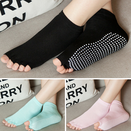 3 Pairs of Free Size Non Skid Yoga/Pilates/Aerobics/Barre Socks with Grips