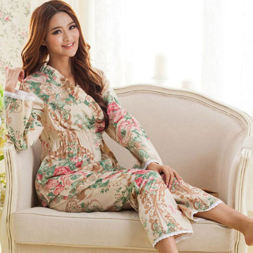 2017 Spring and autumn women's long-sleeved woven cotton pajamas female models England floral lace suit tracksuit Specials