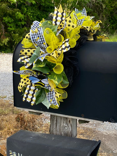 Bumble Bee Mailbox Swag
