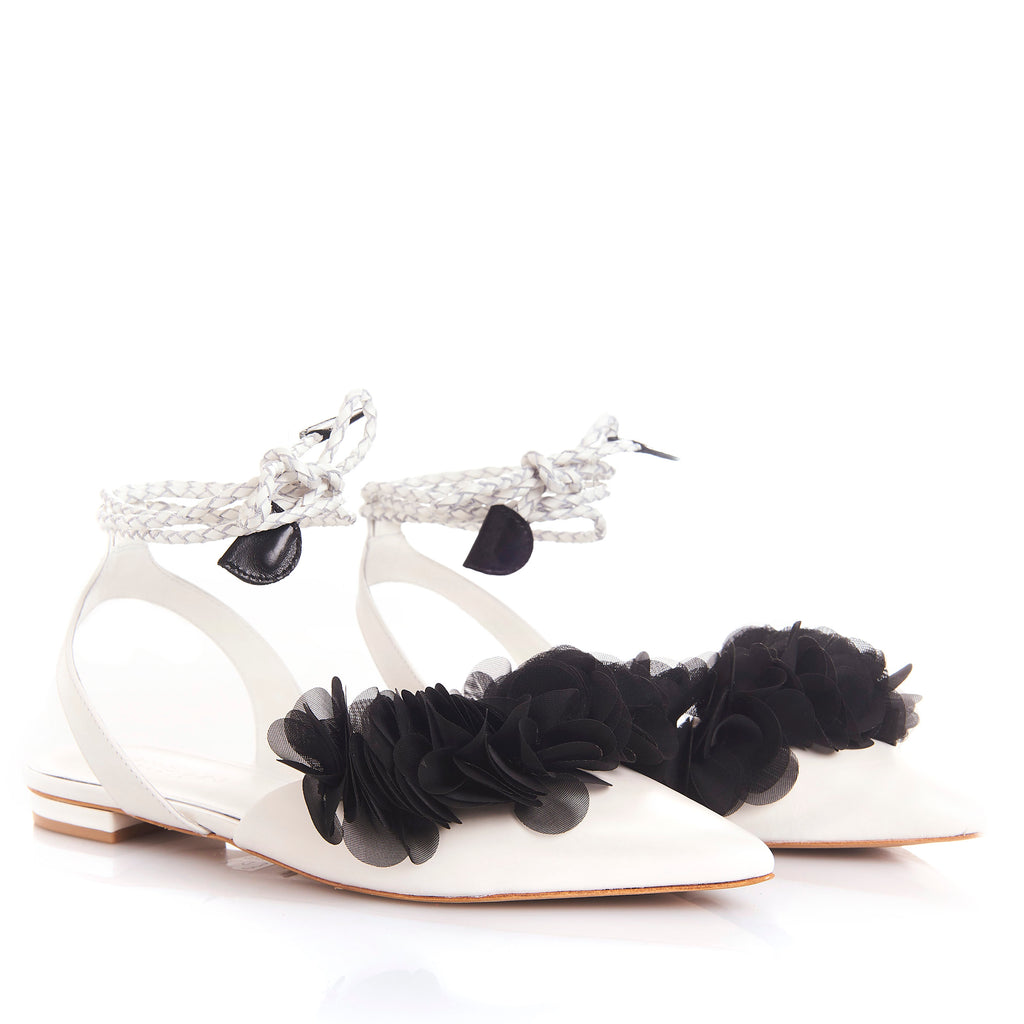FRIDA WHITE/BLACK - Sandals