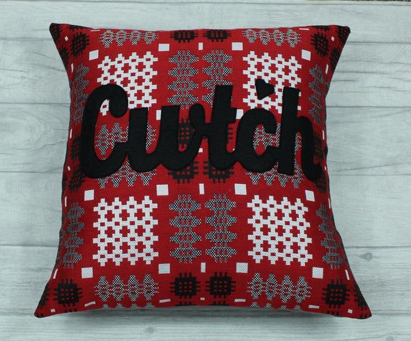 Cwtsh Cushion in Red