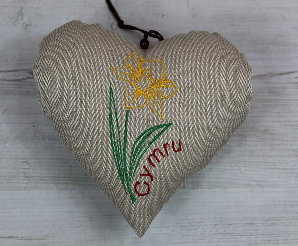 Daffodil Heart / Cennin Pedr Heart / National Symbol of Wales