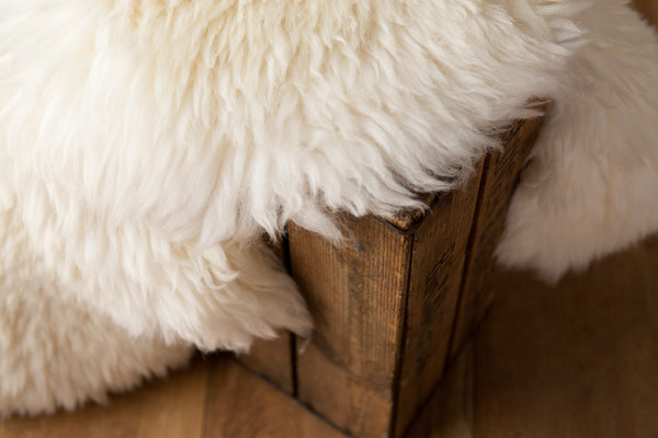 Large (Off White) Sheepskin Rug