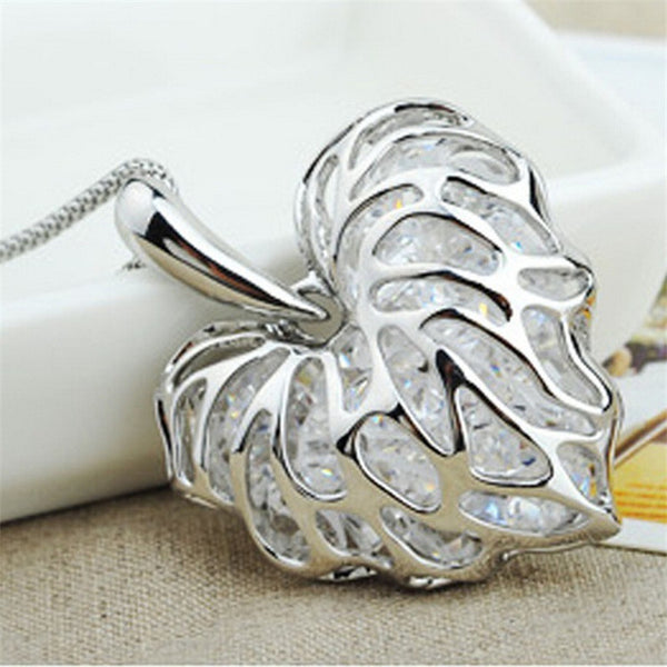 Vintage Sparkling Silver Hollow Cubic Zirconia Love Leaf Chain Necklace