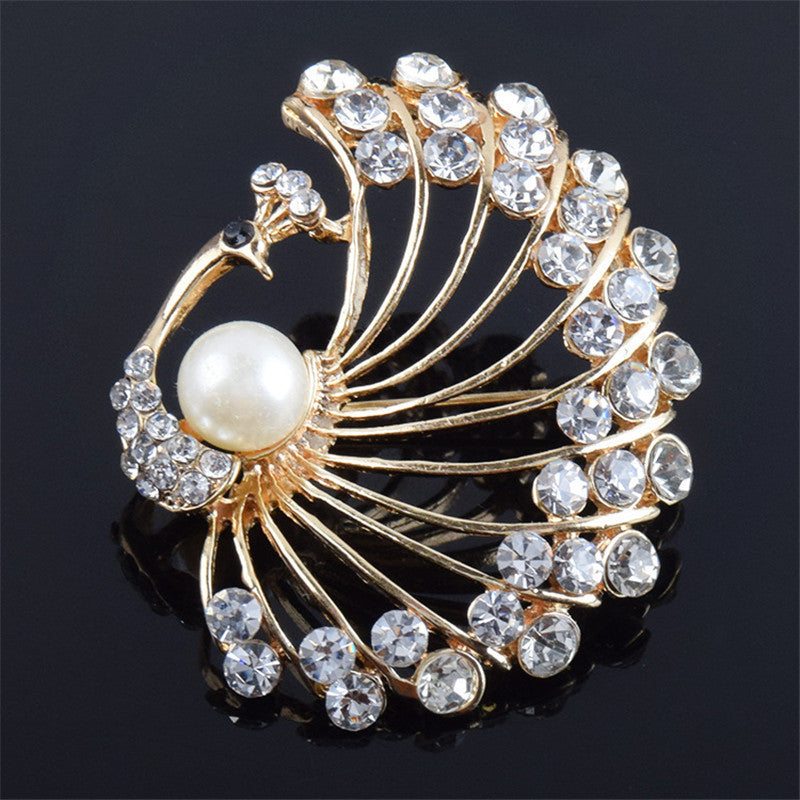 Retro Crystal CZ & Faux Pearl Peacock Brooch Pin