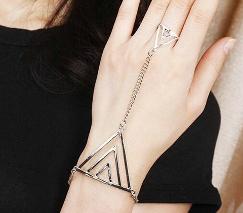Back of Hand Triangular Elements with Finger Triangle Hand Chain Bracelet