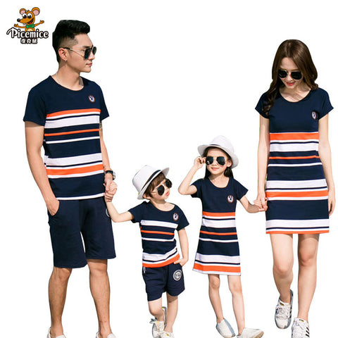 Family Matching Outfits  summer Fashion Striped T-shirt Outfits Mother And Daughter Dresses And Father Son Baby Boy Girl