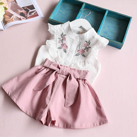 Korean baby girls clothing set children  heart shirt+bow shorts suit 2pcs kids floral bow clothes set suit