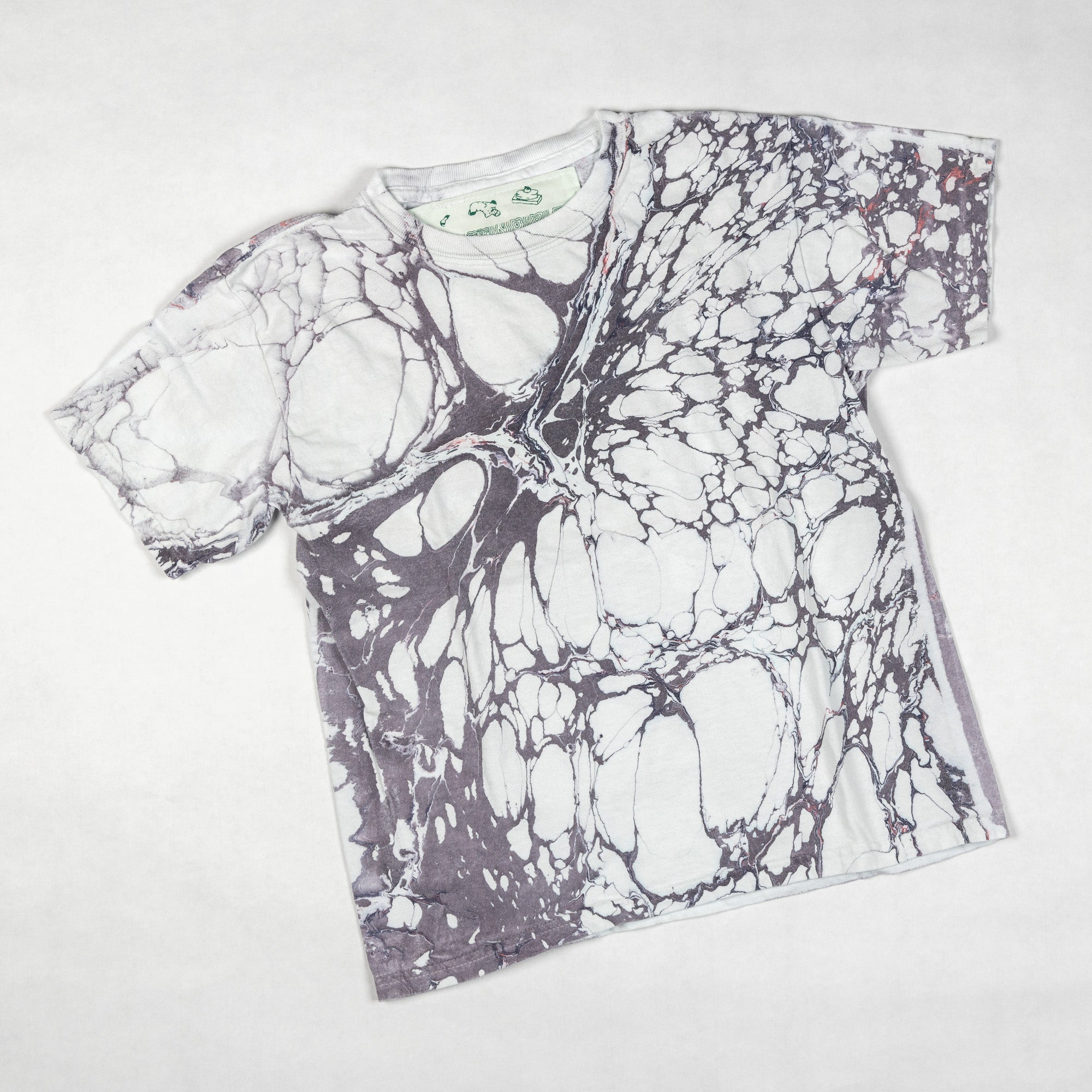 T-SHIRT - Youth Small