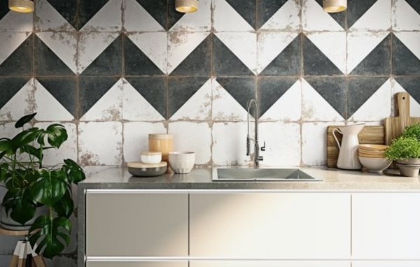 geometric-patterned-wall-tiles