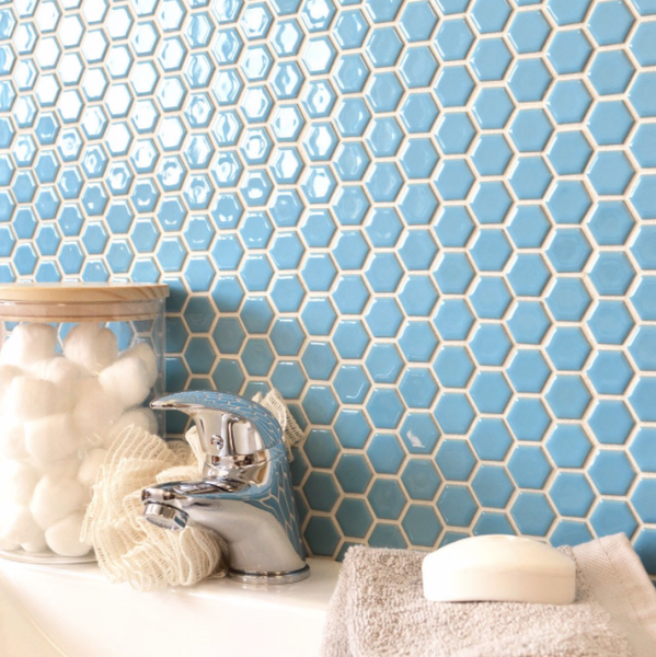 hexagon-blue-bathroom-tiles