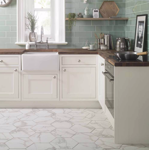 large-hexagon-marble-effect-kitchen-tiles