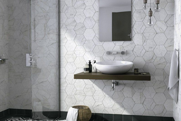 marble-effect-bathroom-tiles