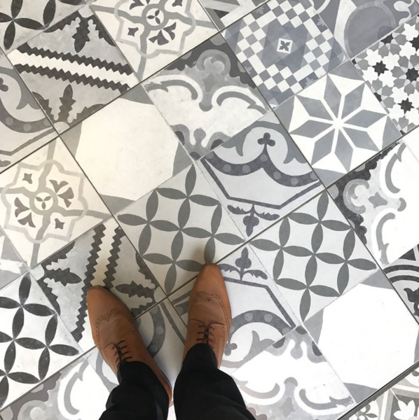 geometric-patterned-floor-tiles