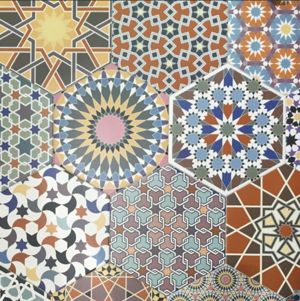 hexagon-patterned-floor-tiles