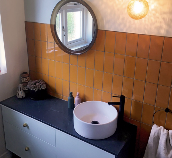orange-bathroom-tiles