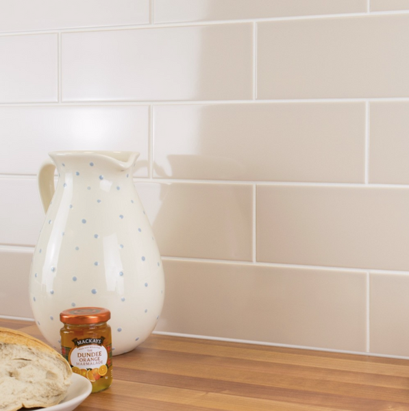 flat-metro-cream-kitchen-tiles