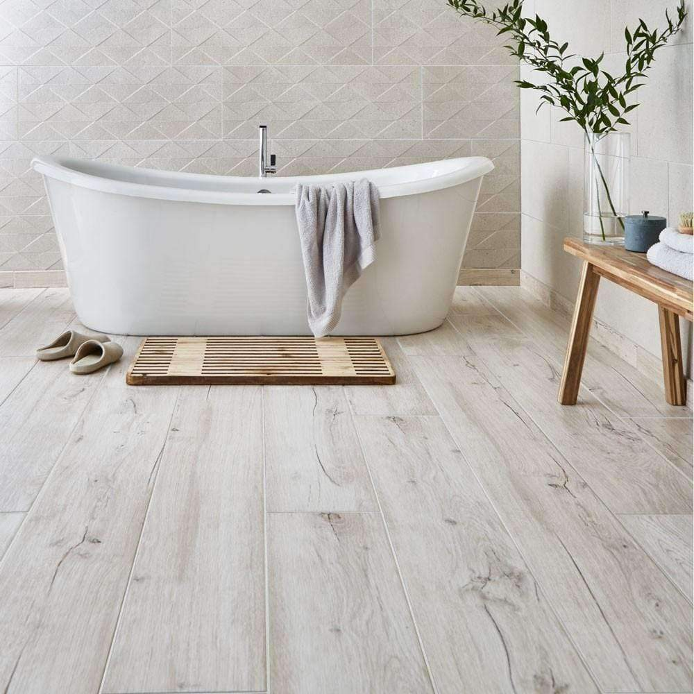 Light Beige-Oak-Wood-Effect-Floor-Tiles-91cm